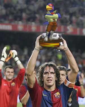 """""""Yo antes de ganar copas de Europa me dedicaba a ganar trofeos en SSMB"""" declaraciones de Puyol en el programa de radio de Flopgames"""