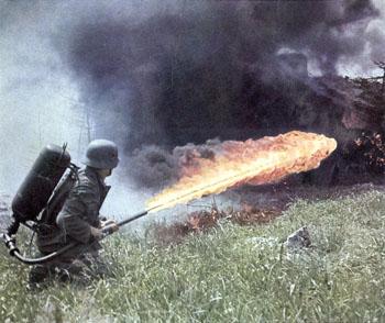 soldado-lanzallamas-guerra