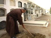 cavar-tumba